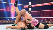 October 12, 2015 Monday Night RAW.41
