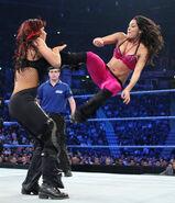SmackDown 11-21-08 005