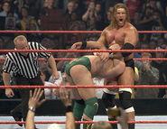 November 21, 2005 Raw.23