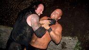 Undertaker vs Stone Cold at Rock Bottom 3