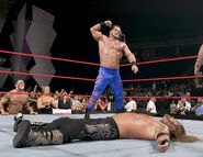 Raw 8 November 2004
