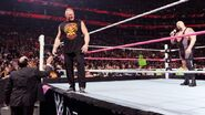 October 5, 2015 Monday Night RAW.4
