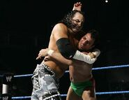 Smackdown-2-June-2006 10