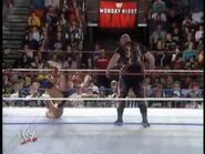 April 19, 1993 Monday Night RAW.00033