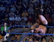 Smackdown-16June2005-24