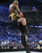 The-undertaker-chokeslam