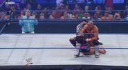 WWESUPERSTARS51211 13