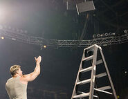 Smackdown-18August2005.15