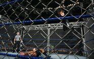 Big Show vs Undertaker (Steel Cage) 8