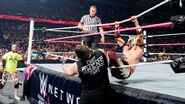 October 12, 2015 Monday Night RAW.46