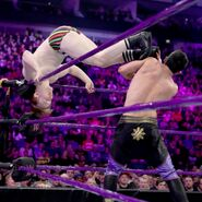 5-8-17 Raw 40
