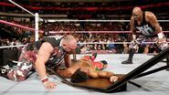 October 19, 2015 Monday Night RAW.18