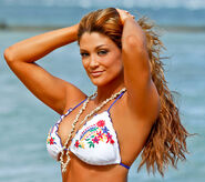 Eve Torres in Hawaii