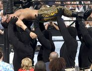 Smackdown-7July2005-20