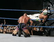 Smackdown-2-June-2006 3