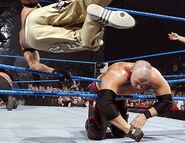 December 2, 2005 Smackdown.19