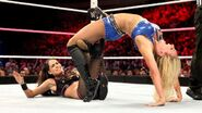 October 19, 2015 Monday Night RAW.47