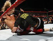 Raw 14-8-2006 35