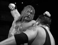 Raw-13-2-2006.14