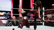 February 15, 2016 Monday Night RAW.23