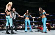 SmackDown 11-28-08 012