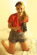 Reneepaquette camera2