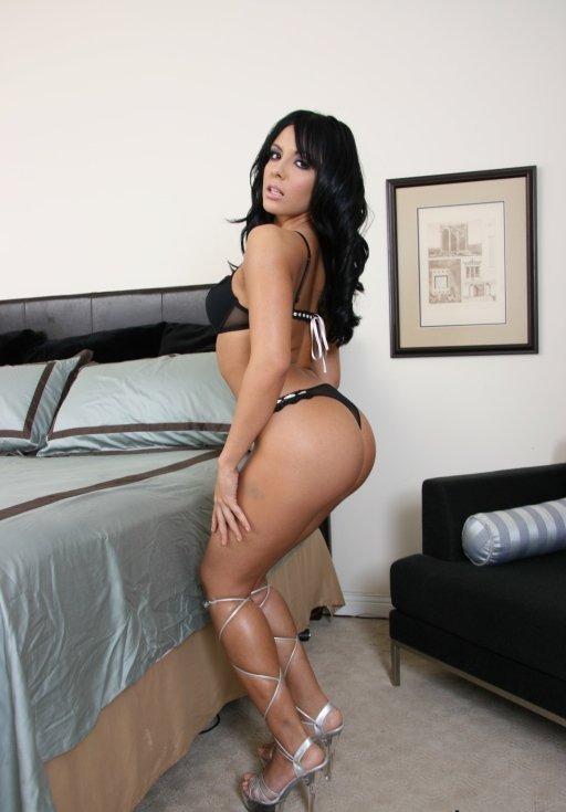 Lorena Sanchez Photo