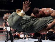 October 3, 2005 Raw.28