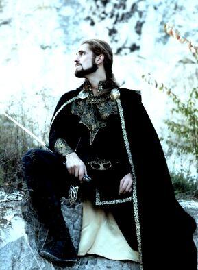 Black cloak warrior