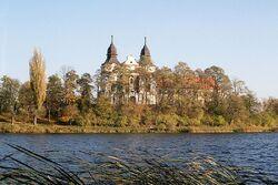Mogilno klasztor od zach