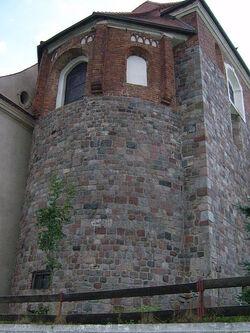 Mogilno. Romańskie prezbiterium kościoła klasztornego