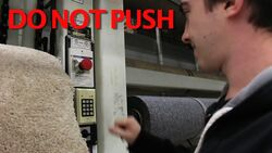 DON'TPUSHTHEBUTTON!