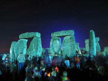 Stonehenge Summer Solstice eve 02