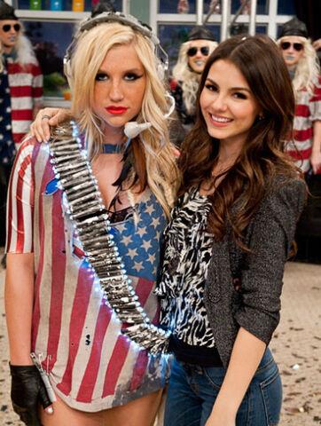 File:Kesha-victorious-1.jpg
