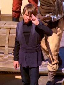 Luke saluda