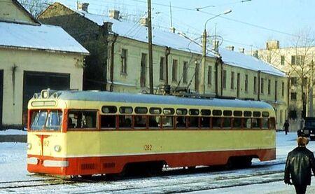 МТВ-82 1282- 1976 -zhadanov-MT