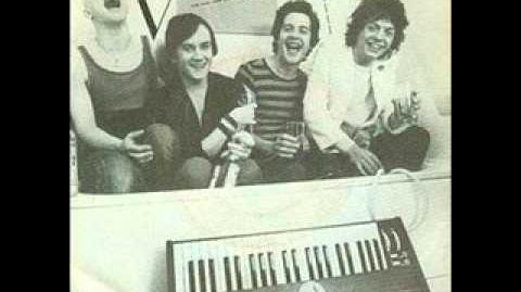 UK Viva-Mr. Mystery 1979 (UK Synth Punk)