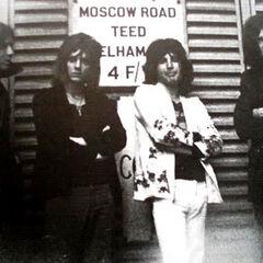 Queen w 1970 z basistą Mikem Grosem