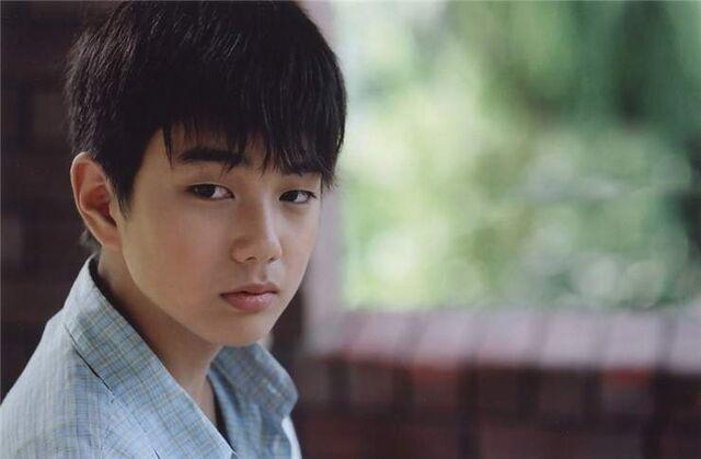 File:Yoo seung Ho.jpg