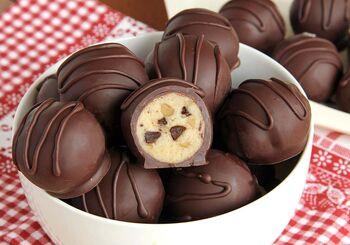 Cookie-dough-truffle