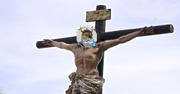 67190-jesus-on-the-cross