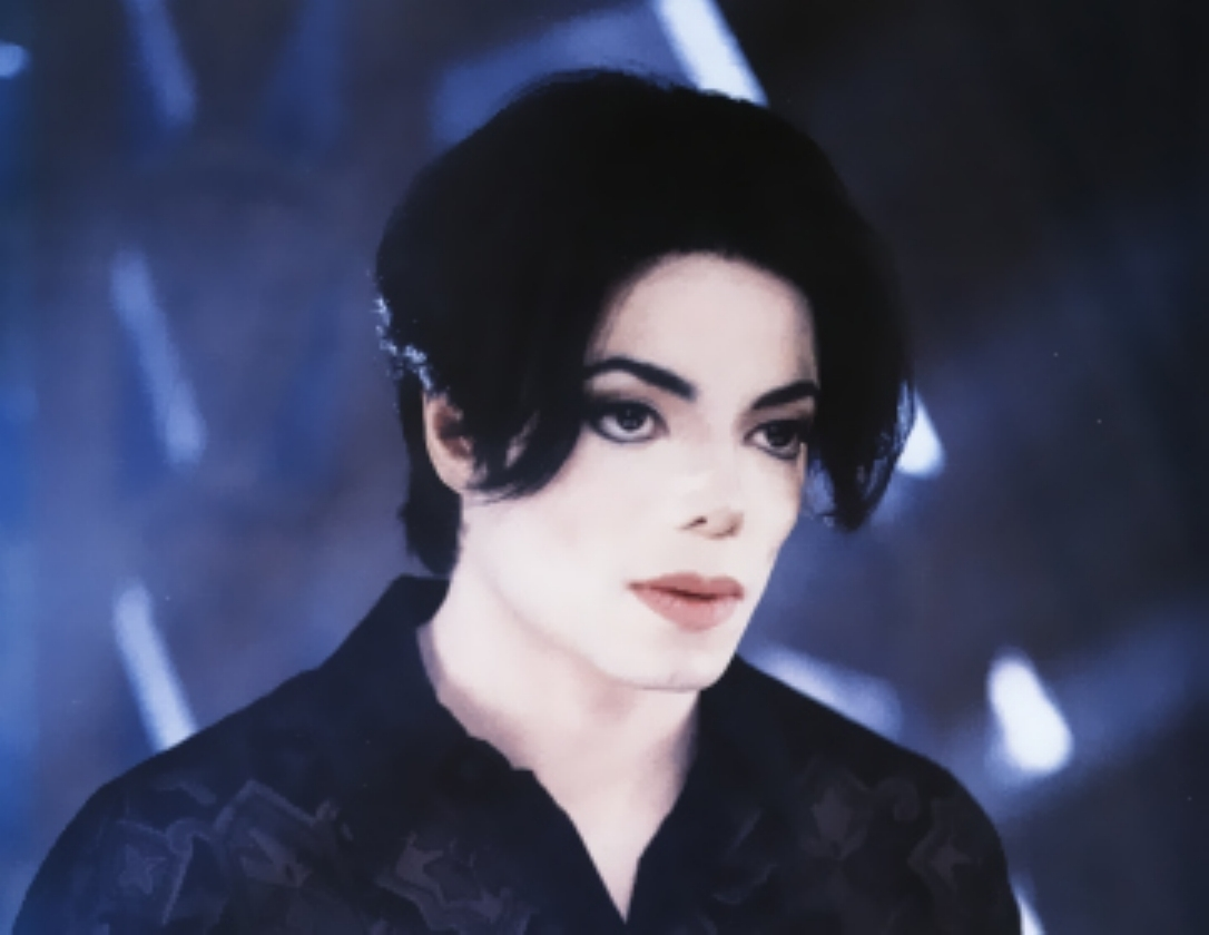 Image - You-are-not-alone-michael-jackson-7127368-1086-840 ...