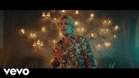 R5 - Hurts Good (Official Video)-1