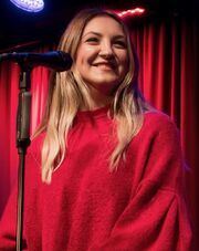 Julia Michaels Grammy Museum 14 (cropped)