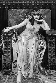 Theda-bara-cleopatra