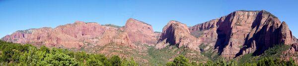 Kolob Canyons from end of Kolob Canyons Road