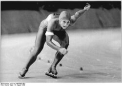 Bundesarchiv Bild 183-1988-0830-004, Christa Luding