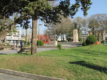 Monumento Artigas - Plaza Constitución - Melo - Vista de monumento y plaza