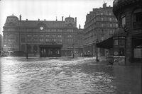 Paris 1910 Inondation gare Saint-Lazare