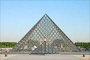 La pyramide du Louvre (4785998199)